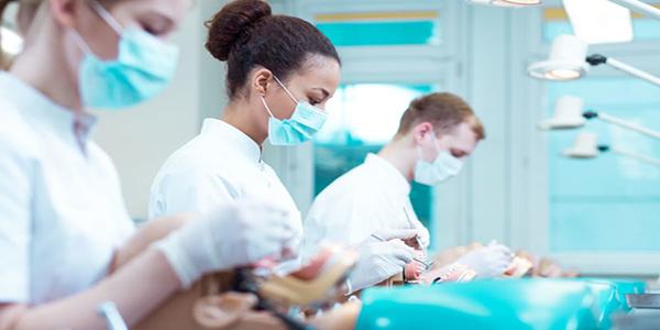 شرایط تحصیل در رشته دندانپزشکی روسیه