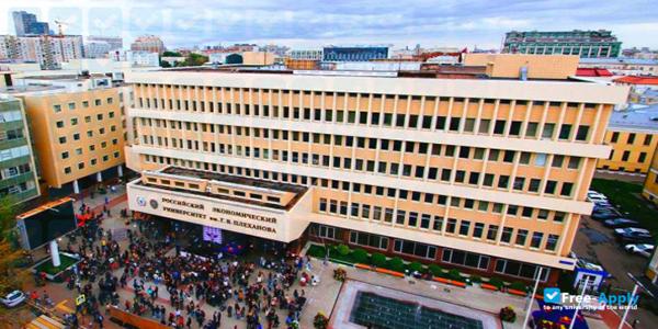 مهمترین دانشگاه های داروسازی روسیه